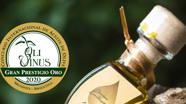sakellaropoulos-organic-farms-receives-13-awards-at-olivinus-olive-oil-competition